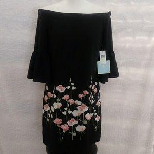 Cece off the shoulder dress